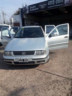Volkswagen Polo /.* Segunda Mano / U N I C O ... Pocos Km!!!