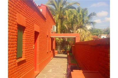 Venta Casa B° Los Perales - Zona Residencial