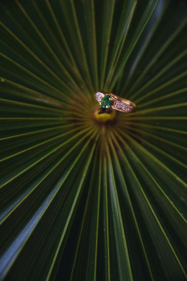Anillo De Oro 14k Esmeralda Y Diamantes