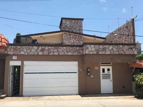 Casa En Venta, Col. Guadalupe Victoria, Coatzacoalcos, Ver.
