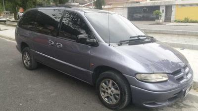 Chrysler Grand Caravan 3.3 Le 5p 1998