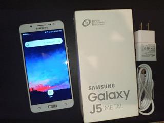 Celular Samsung J5 Metal Desbloqueado
