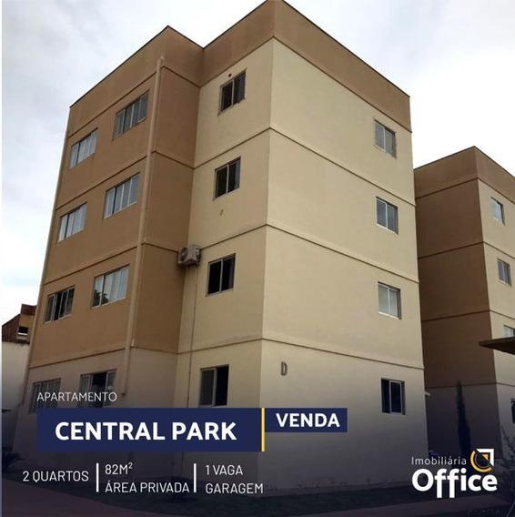 Apartamento Padrão Com 2 Quartos No Central Parque - Off401-v