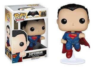Funko Pop Superman 85 Pequeñísimo Rasguño Fábrica