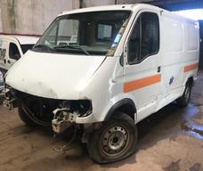 Renault Master 2.5dci Chocada Con Faltantes Lista P/transfer
