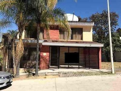 Casa En Venta, Bugambilias 2da. Sección