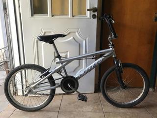 Bicicleta Pioneer