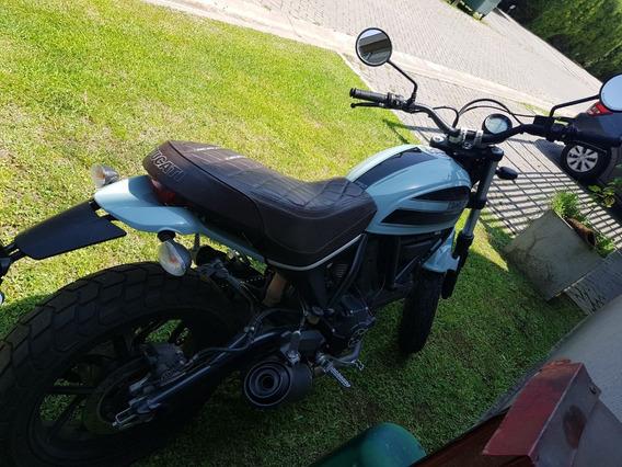 Ducati Srambler 400 Sixty 2 Unica