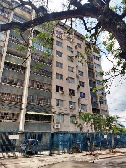 Apartamentos En Venta, 04166437900