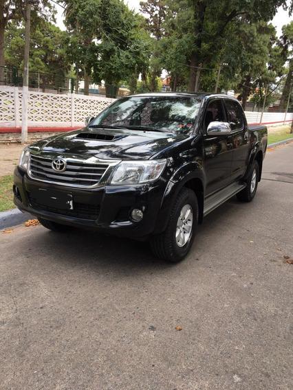 Toyota Hilux Doble Cabina Srv 4x2