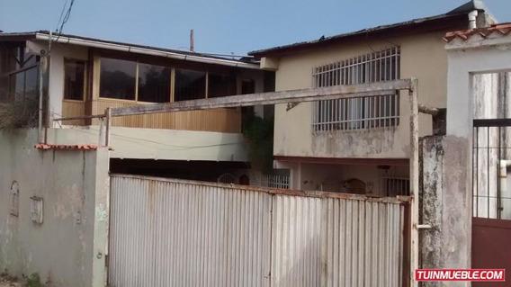 Casa En Venta Parcelamiento El Prado , Caracas
