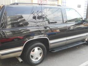 Chevrolet Suburban Xlt