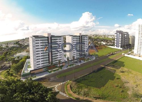 Venda De Apartamentos / Padrão  Na Cidade De São Carlos 25118