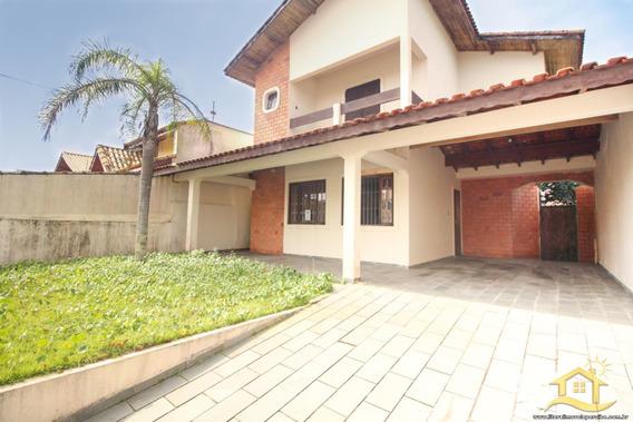 Casa No Bairro Oásis Em Peruíbe - Lcc-3085