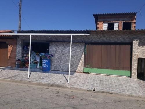 Casa Lote Inteiro Com Ponto Comercial Na Frente - 0032-cs