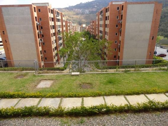 Apartamento Barato En Venta En Los Naranjos Humboldt 20-8206