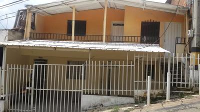 Se Vende Casa En Aranjuez 7 Alcobas, Dos Pisos