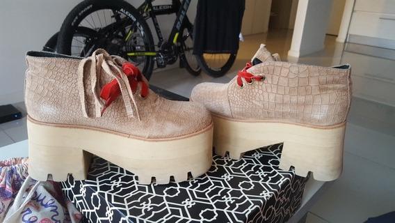 Zapatos Gamuza Beige Sofia De Grecia Talle 38