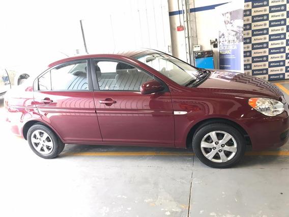 Hyundai Accent Vision 2010
