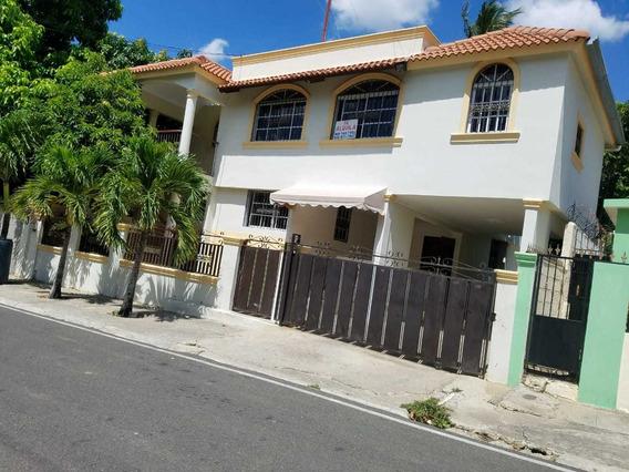 Se Alquila Casa En Segundo Nivel En Tierra Alta Las Colinas.