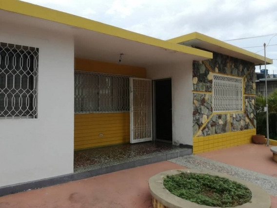 Casa Comercial Venta Santa Rita Maracaibo Api 3728