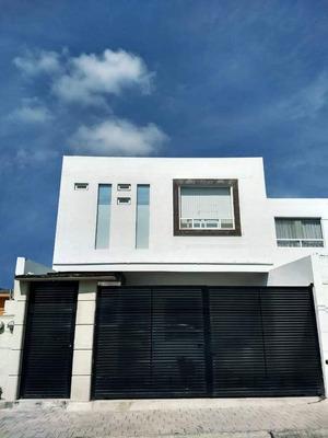 Habitacion, Lomas Del Marques