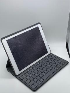 Apple iPad 9,7 Pulgadas 5ta Gen. 128gb + Funda Teclado Logi