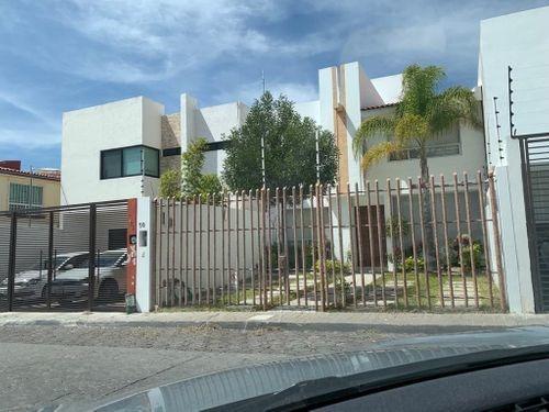 Casa En Renta En Milenio 3a. Sección