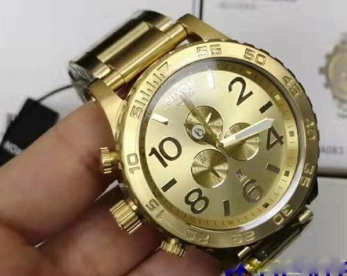 Reloj Nixon Grande 100% Original Enchapado En Oro Nuevo