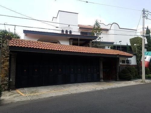 Casa Residencial En Venta. Jardines Del Pedregal De San Angel. Calle Privada.