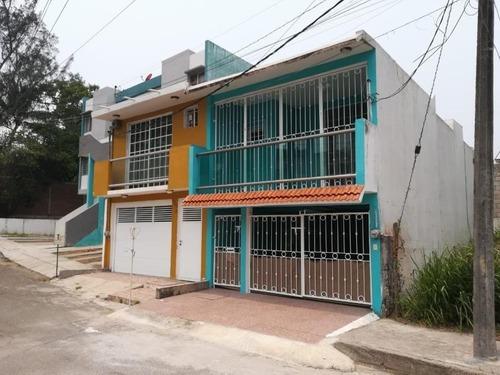 Casa Sola En Venta El Morro Las Colonias