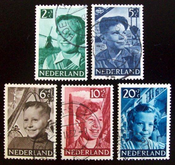 Holanda, Serie Sc. B229-33 Obras Infancia 1951 Usada L6895