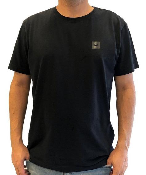 Camiseta Osklen Tridente Black