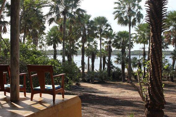 Casa Deliciosa Na Beira Da Lagoa De Tatajuba