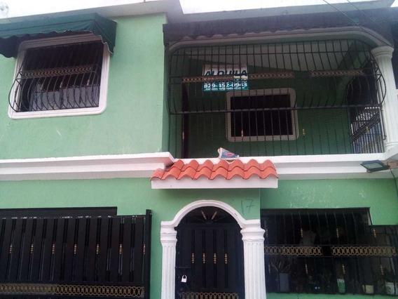 Casa En La Esperanza San Isidro ,cerca De Jumbo