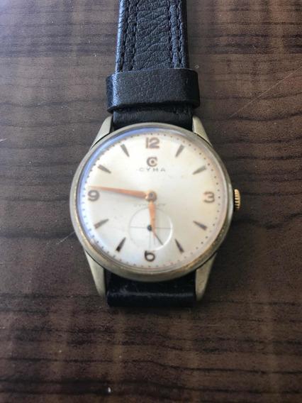 Relógio Cyma