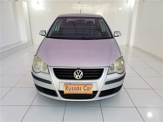 Volkswagen Polo Sedan 1.6 Mi 8v Flex 4p Manual