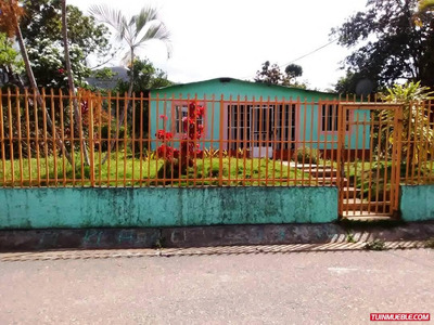 Casa De Campo Con Terreno De 1280 M2 Santa Maria De Cariaco
