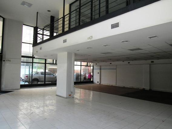 Alquiler Comercial Importante Local Con Oficinas .centro!
