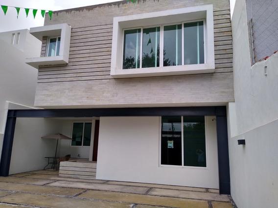 Casa En Venta Camino Real, Chapalita; 4 Recs 4 Baños