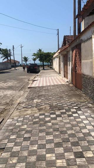 Aluga -se Casa Para Temporada 250,00 Diária Exceto Feriados