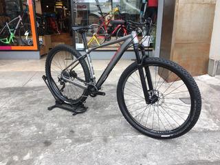Bicicleta Usada Specialized Rockhopper Pro 2017 Mtb 29
