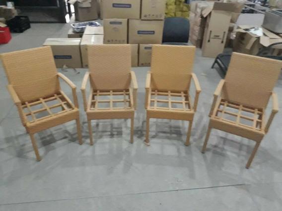Cadeiras E Poltronas Para Área Externa. Cada Peça