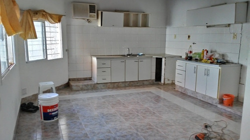 Imagen 1 de 10 de Casa Interna 2 Ambientes Con Patio ,  01165260361 Lomas