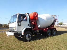 Cargo 2425 6x4 Betoneira 2422 Ítália Caminhões
