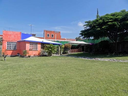 Casa Sola En 3 De Mayo / Emiliano Zapata - Creve-5710-cs