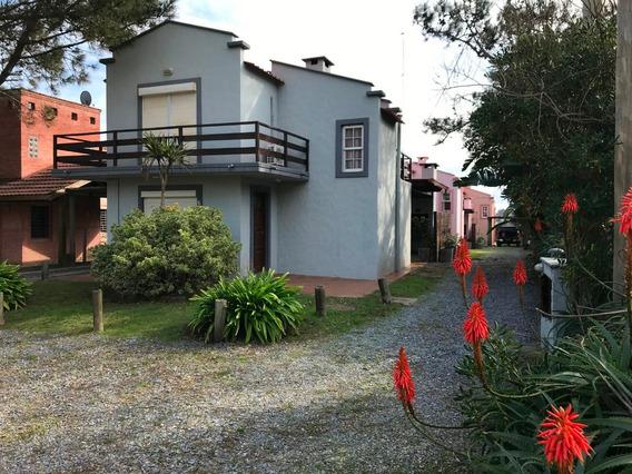 Casa Totalmente Equipada A Media Cuadra De La Playa