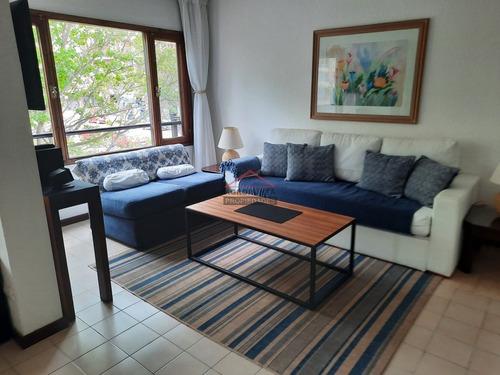 Apartamento En Centro Lafayette De 2 Dormitorios Y Cochera.- Ref: 5660