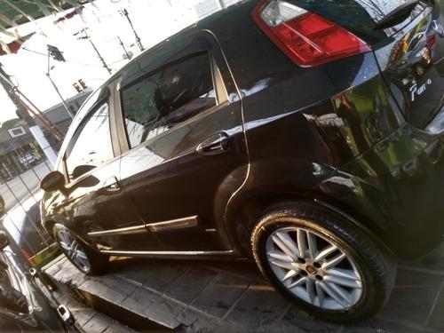 Fiat Punto 2011 1.6 16v Essence Flex Dualogic 5p