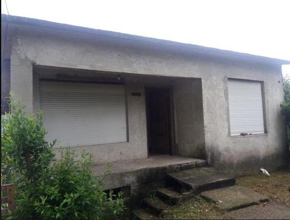 Casa 2 Dormitorios Con Estufa A Leña Y Gran Terreno